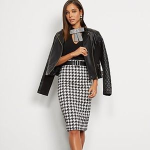 New York and company black and white skirt
